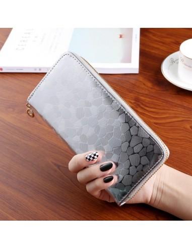 Nagyméretű divatos női pénztárca - Méret 19 x 9 cm - EZÜST