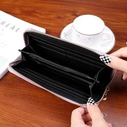 Nagyméretű divatos női pénztárca - Méret 19 x 9 cm - FEKETE